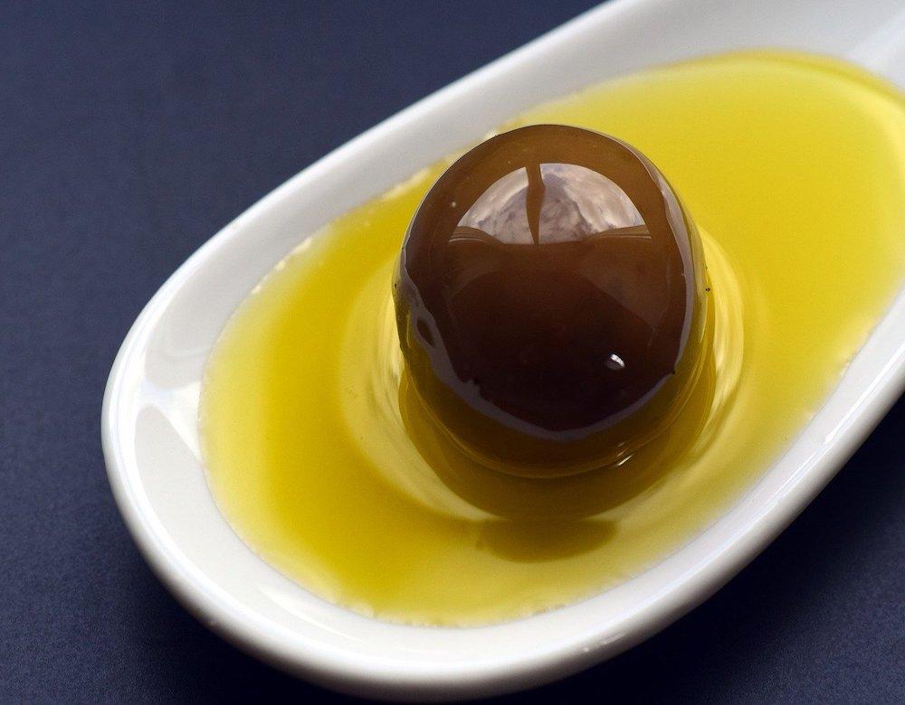 Olio, giappone, olio extravergine d'oliva